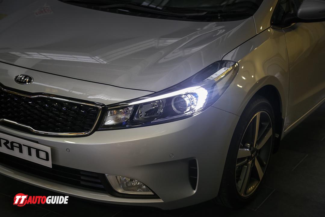 Kia cerato prices and specs in trinidad and tobago for Garage kia ales